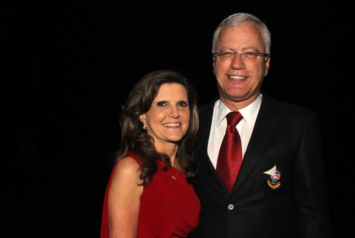 Comodoro-do-Clube-Dr.-Manuel-Ruttkay-Pereira-e-sua-esposa-Beatriz-.Créditos-Cláudio-Bergmann