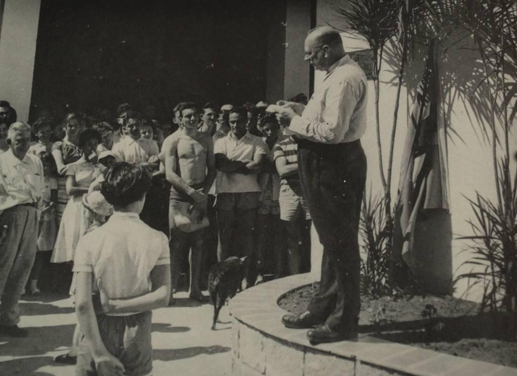Leopoldo Geyer inaugura o pavilhão destinado à classe Snipe